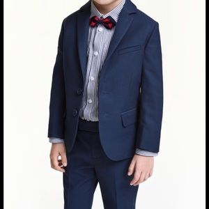 Navy Blue Boys Suit - size 3-4